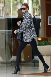 Gigi Hadid - Out in Los Angeles, November 2015