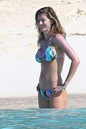 Gisele Bundchen on a Beach in Bikini, Bahamas,  November 2015