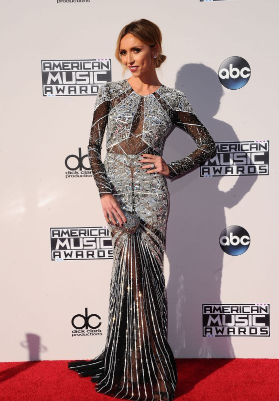 Giuliana Rancic – 2015 American Music Awards in Los Angeles