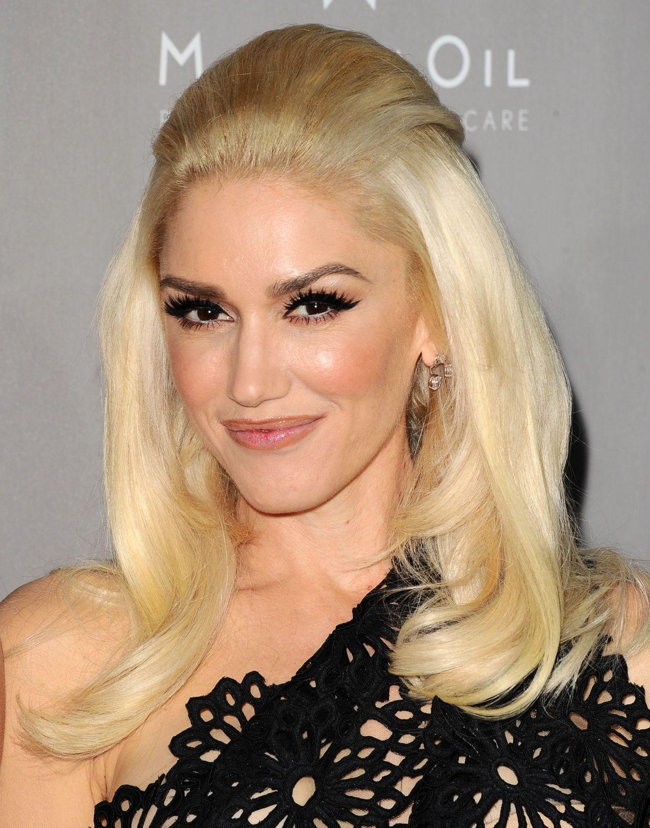 Gwen Stefani – 2015 Baby2Baby Gala at 3LABS in Culver City Gwen Stefani