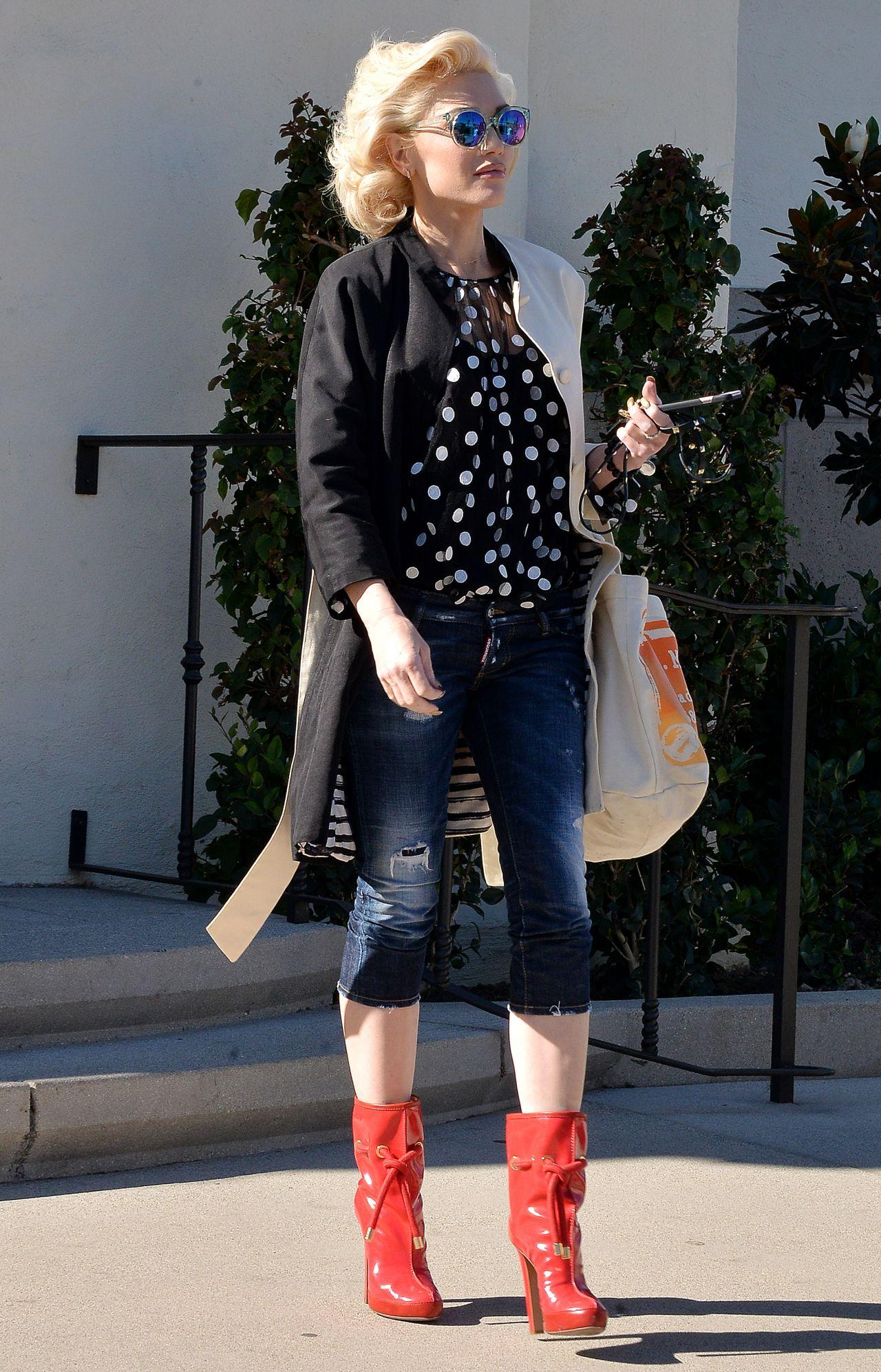 Gwen Stefani - Out in LA, November 2015