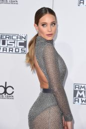 Hannah Davis – 2015 American Music Awards in Los Angeles Part II