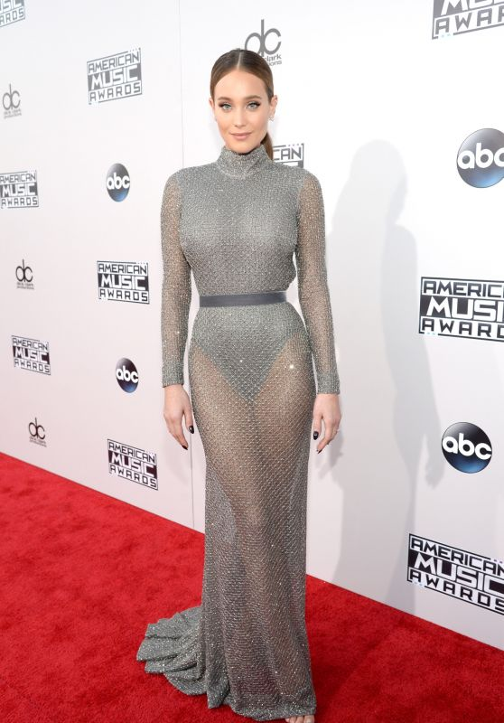 Hannah Davis – 2015 American Music Awards in Los Angeles