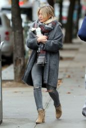 Hilary Duff Autumn Style - on the Set of