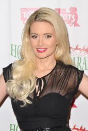 Holly Madison – 2015 Hollywood Christmas Parade in Hollywood