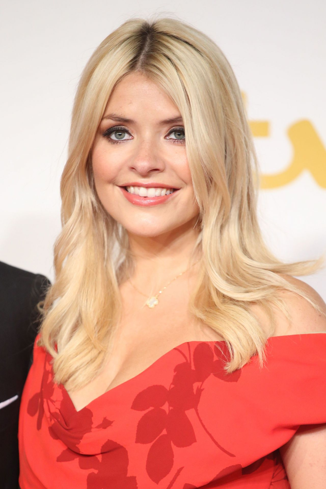 holly willoughby itv 60th anniversary gala november 2015