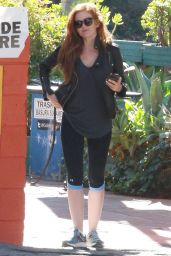 Isla Fisher at Canyon Country Store in Los Angeles, November 2015
