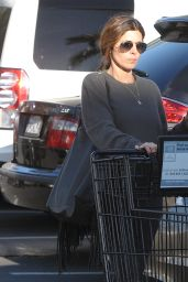 Jamie Lynn Sigler - Shopping at The Pavilion in Beverly Hills, November 2015