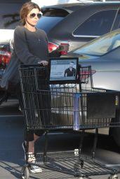 Jamie Lynn Sigler - Shopping at The Pavilion in Beverly Hills, November 2015