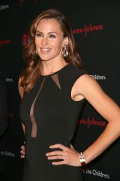 Jennifer Garner - 2015 Save the Children Illumination Gala in New York