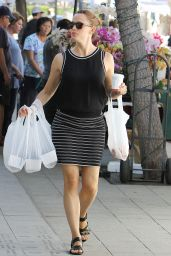 Jennifer Garner at a Farmers Market in Pacific Palisades, November 2015