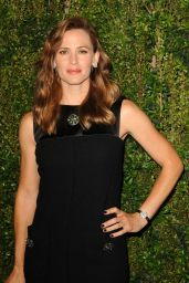 Jennifer Garner - CHANEL Dinner in Honor of Baby2Baby in LA