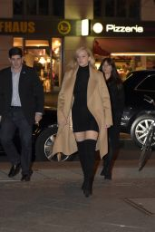 Jennifer Lawrence Going to Dinner in Berlin, November 2015