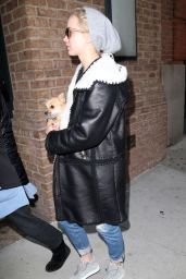 Jennifer Lawrence Street Style - Out in NYC, 11/25/2015