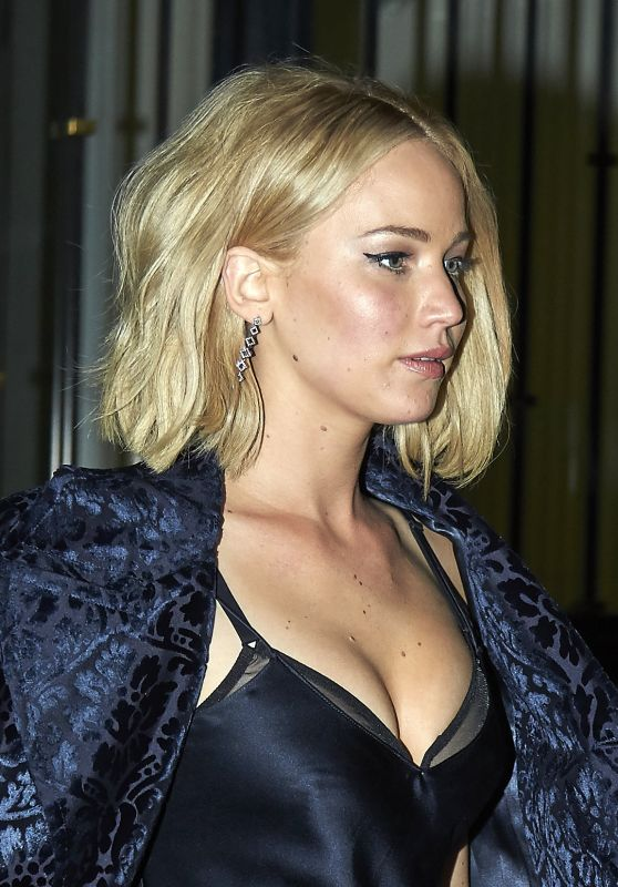 Jennifer Lawrence Style - Leaving the Asador Donostiarra in Madrid