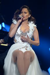 Jennifer Lopez - 2015 iHeartRadio Fiesta Latina in Miami