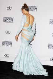 Jennifer Lopez on Red Carpet - 2015 American Music Awards in Los Angeles