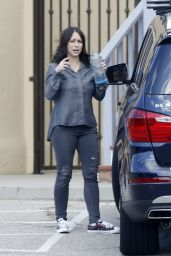 Jennifer Love Hewitt - Out in Malibu, California November 2015