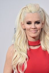 Jenny McCarthy – 2015 American Music Awards in Los Angeles