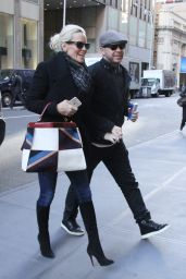 Jenny McCarthy Casual Style - New York City, November 2015