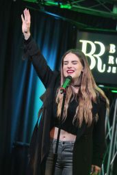 Joanna Jojo Levesque - Q102 Performance Theater in Philadelphia, November 2015