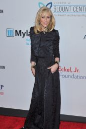 Judith Ligh – Elton John's 2015 AIDS Foundation Gala in New York City