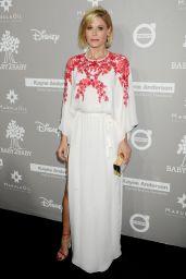 Julie Bowen – 2015 Baby2Baby Gala at 3LABS in Culver City