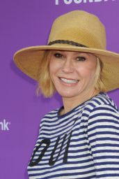 Julie Bowen – P.S. ARTS Presents Express Yourself 2015 in Santa Monica