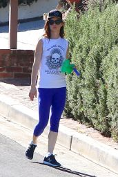 Juliette Lewisin Leggings - Walking Her Dog in LA, November 2015