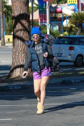 Kaley Cuoco - Out and About in Los Angeles, November 2015