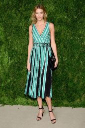 Karlie Kloss – 2015 CFDA/Vogue Fashion Fund Awards in New York City
