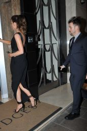 Kate Beckinsale - Aarriving at Her Hotel in London, 11/24/2015