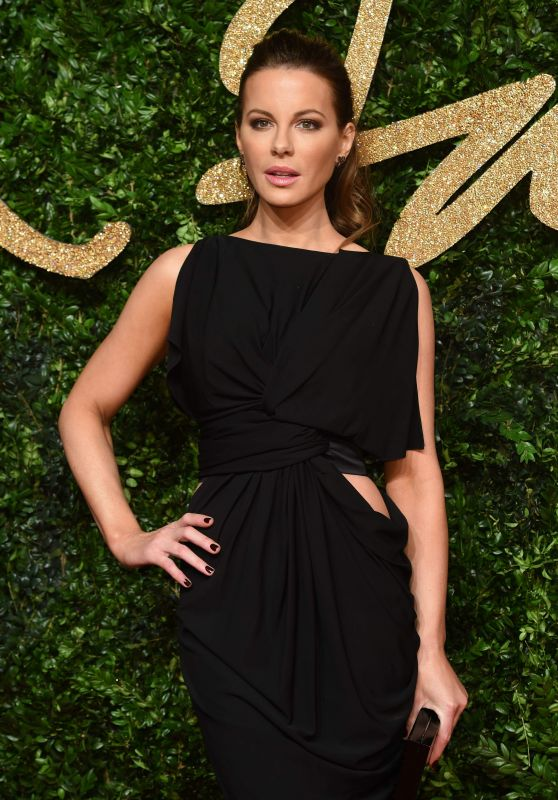Kate Beckinsale - British Fashion Awards 2015 at London Coliseum