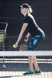 Kate Upton in Leggings - Hitting Some Balls in Beverly Hills, November 2015
