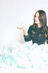 Kelli Berglund Social Media Pics, November 2015