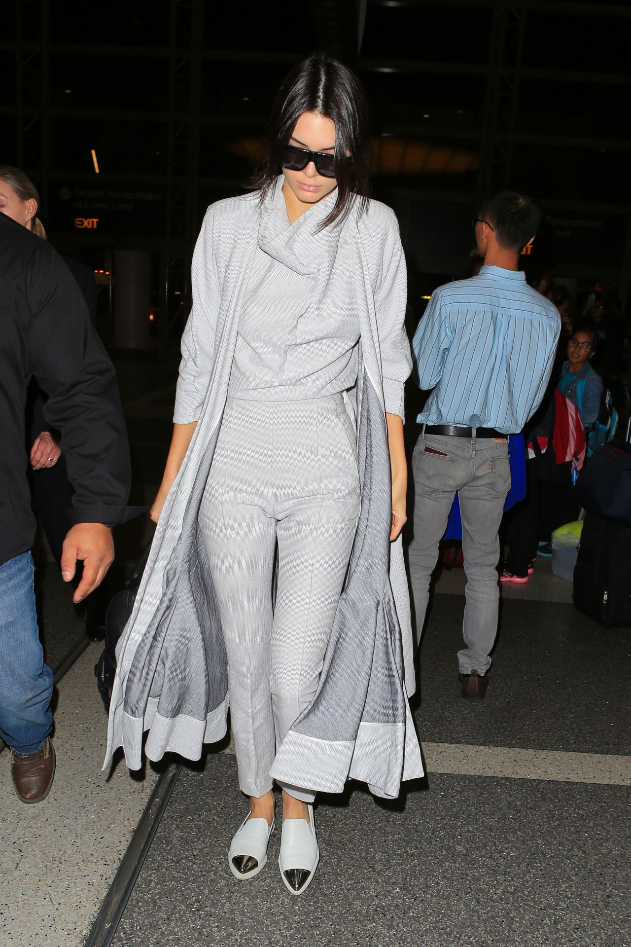 Kendall Jenner Airport Style Lax In La November 2015