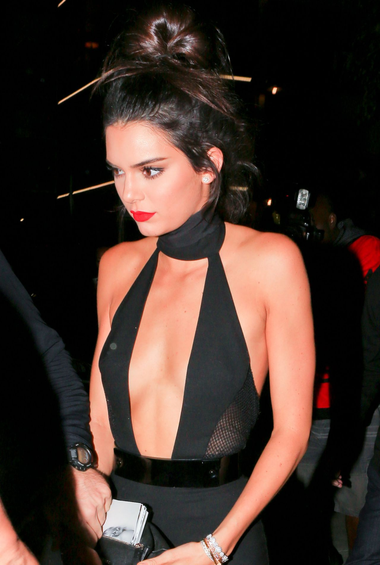 Kendall Jenner Night Out - Outside The Nice Guy In West -9837