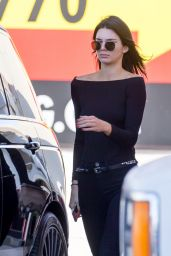 Kendall Jenner Wearing All Black - Pumping Gas in Her Range Rover in LA, November 2015