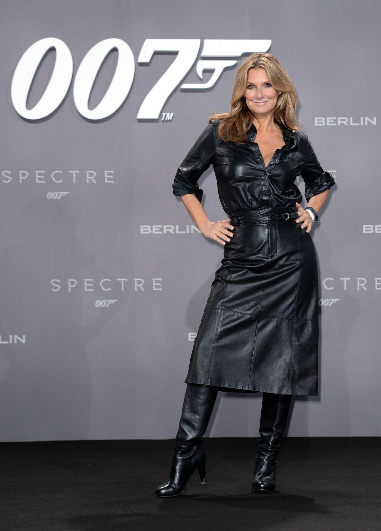 Kim Fisher James Bond Spectre Premiere In Berlin