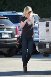 Kirsten Dunst - Shopping in LA, November 2015