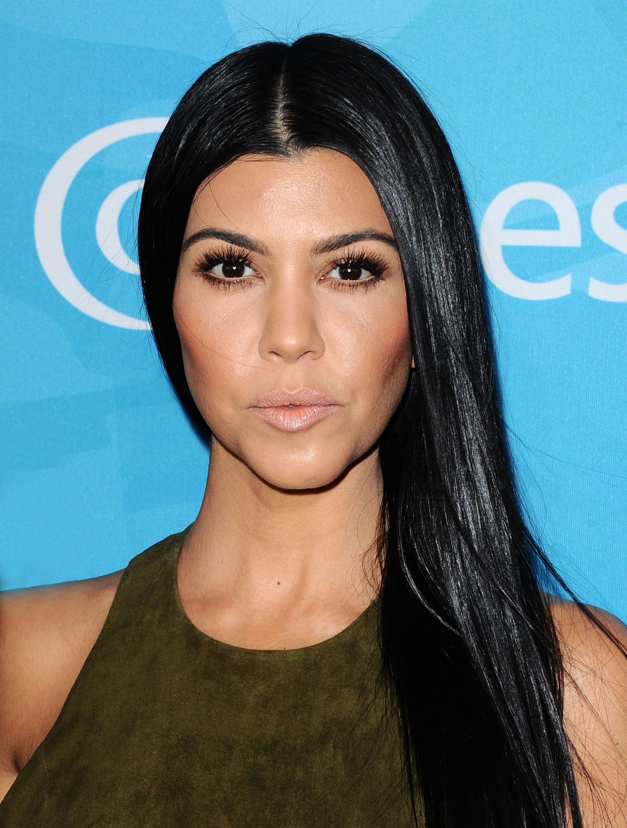 Kourtney Kardashian And Kylie Makeup: WWD And Variety's Stylemakers Event