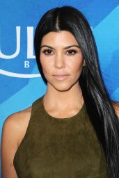 Kourtney Kardashian – WWD And Variety's Stylemakers Event in Culver City, November 2015