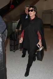 Kris Jenner - Los Angeles International Airport, november 2015