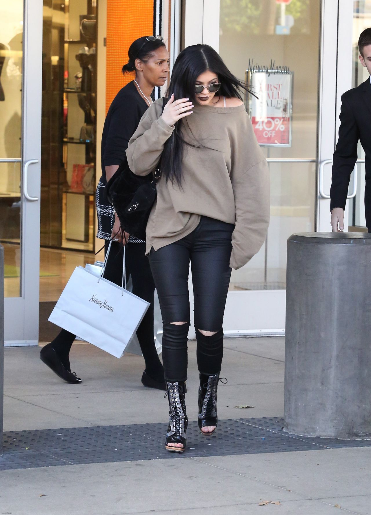 kylie jenner casual style  shopping spree and new rolls