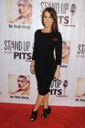 Lacey Chabert - Stand Up For Pits Comedy Benefit in Hollywood, November 2015