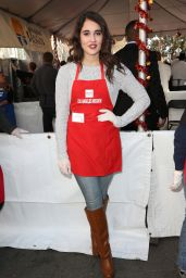 Lauren Franco – Los Angeles Mission Thanksgiving For The Homeless At The Los Angeles Mission, 11/25/2015