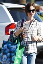 Lily Collins - Shopping in LA, November 2015