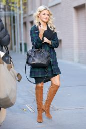 Lindsay Arnold - Posing Outside The View in New York City, November 2015