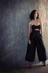 Lizzy Caplan - Photoshoot for The Untitled Magazine September 2015