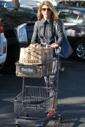 Lori Loughlin - Shopping at Bristol Farms in Beverly Hills, November 2015